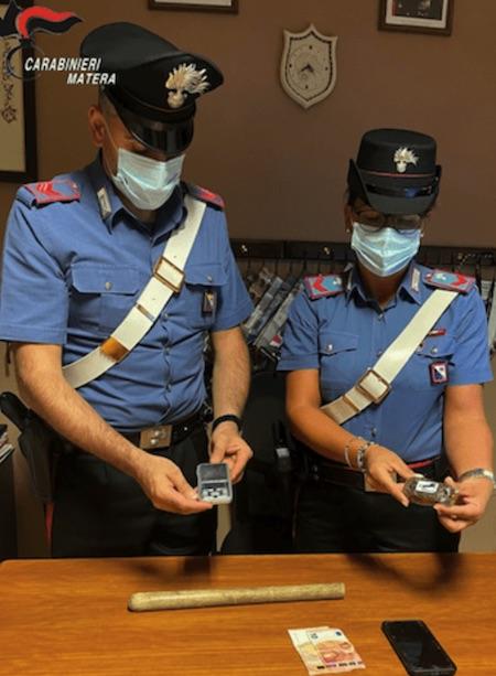 21enne_arrestato_per_detenzione_e_spaccio_di_sostanze_stupefacenti.jpg