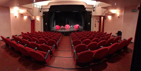 FOTO_3_Teatro_Comunale_di_Massafra.jpg