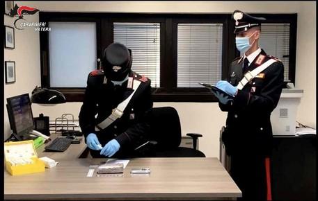 Hanno_mezzo_chilo_di_eroina_due_arresti.jpg