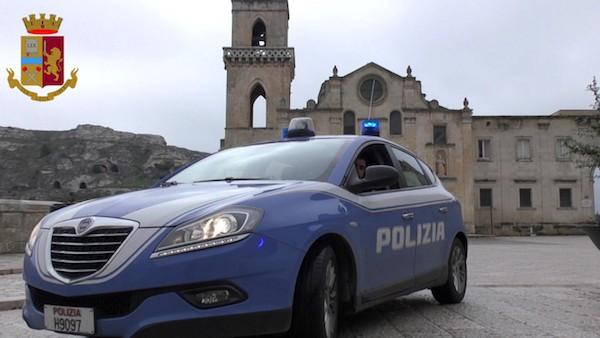 Polizia_nei_Sassi_Medium.jpg
