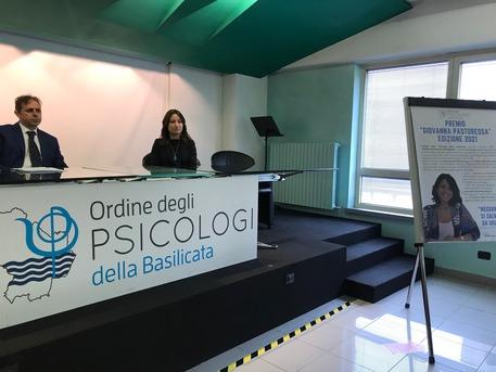 Premi_Ordine_Psicologi_prima_edizione_del_Pastoressa.jpg