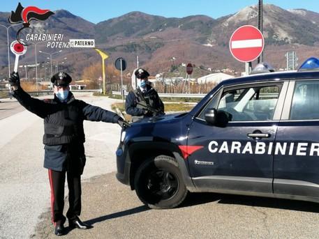 Sequestra_madre_e_sorella_arrestato_a_Paterno.jpg