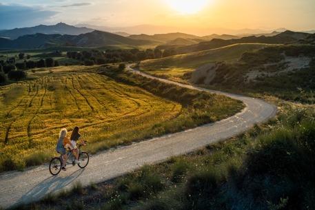 Turismo_da_domani_al_4_giugno_tour_cicloturistico_lucano.jpg