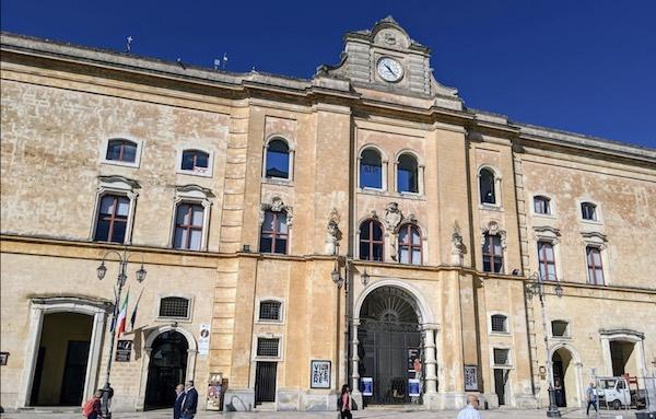 biblioteca_stigliani_matera.jpg