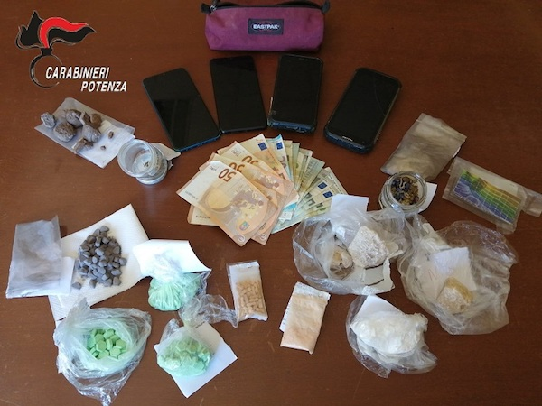 droga-soldi-cellulari.jpg