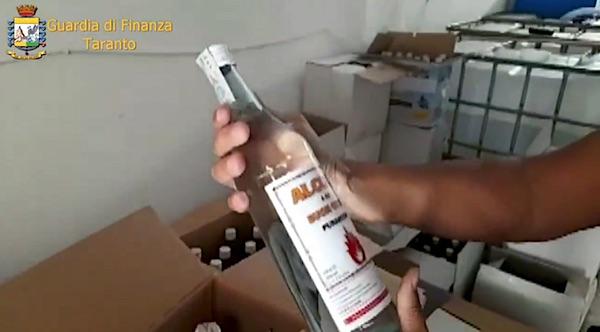 fabbrica_clandestina_alcool.jpg
