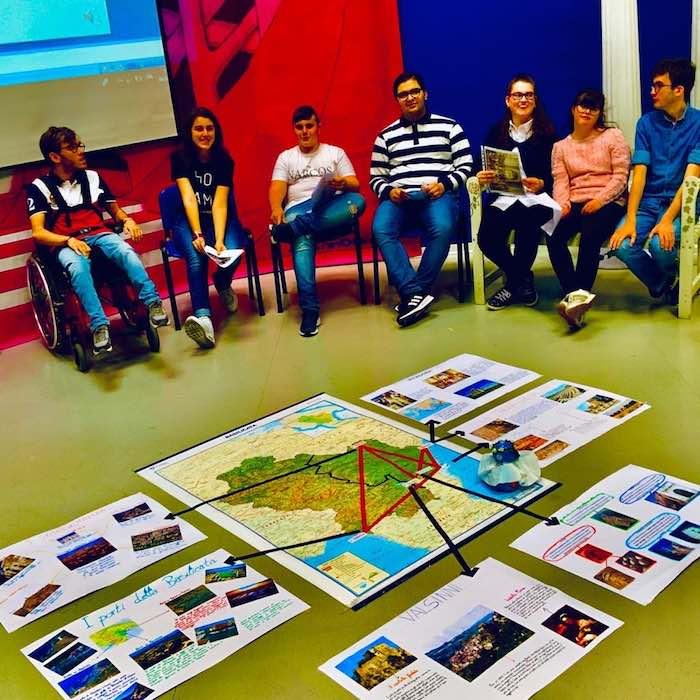 studenti_che_hanno_partecipato_al_progetto.jpg