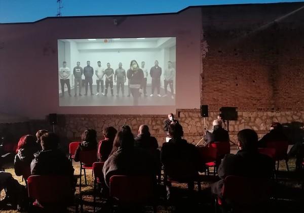 teatrooltreilimiti_04.jpg