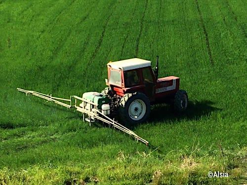 trattore_irroratrici_difesa_fitosanitaria_pesticidi_2.jpeg